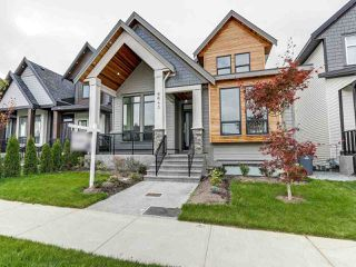 """Main Photo: 6643 121A Street in Surrey: West Newton House for sale in """"WEST NEWTON"""" : MLS®# R2304482"""