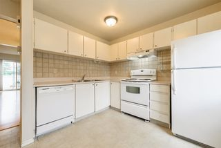 Photo 3: 17 100 WESTRIDGE Crescent: Spruce Grove Townhouse for sale : MLS®# E4130485