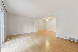 Photo 11: 17 100 WESTRIDGE Crescent: Spruce Grove Townhouse for sale : MLS®# E4130485