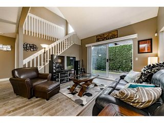"""Photo 3: 15 12334 224 Street in Maple Ridge: East Central Townhouse for sale in """"DEER CREEK PLACE"""" : MLS®# R2328109"""