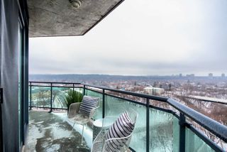 Photo 14: 1802 300 E Bloor Street in Toronto: Rosedale-Moore Park Condo for sale (Toronto C09)  : MLS®# C4358759