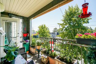 "Photo 8: 309 8495 JELLICOE Street in Vancouver: Fraserview VE Condo for sale in ""RIVERGATE"" (Vancouver East)  : MLS®# R2341703"