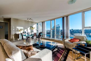 "Photo 8: 2303 583 BEACH Crescent in Vancouver: Yaletown Condo for sale in ""Park West 2"" (Vancouver West)  : MLS®# R2343260"