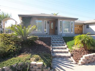 Photo 1: ENCINITAS Twinhome for sale : 2 bedrooms : 751 Sunflower