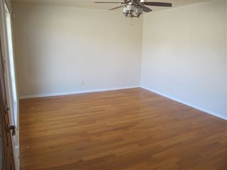 Photo 3: ENCINITAS Twinhome for sale : 2 bedrooms : 751 Sunflower