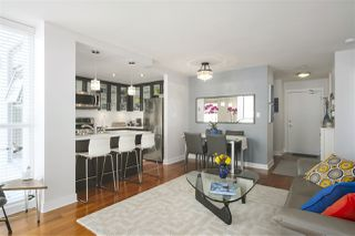"Photo 4: 304 121 W 16TH Street in North Vancouver: Central Lonsdale Condo for sale in ""SILVA"" : MLS®# R2354700"