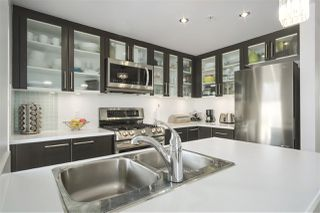 """Photo 3: 304 121 W 16TH Street in North Vancouver: Central Lonsdale Condo for sale in """"SILVA"""" : MLS®# R2354700"""