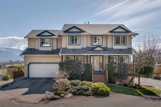 Main Photo: 35431 MUNROE Avenue in Abbotsford: Abbotsford East House for sale : MLS®# R2355473