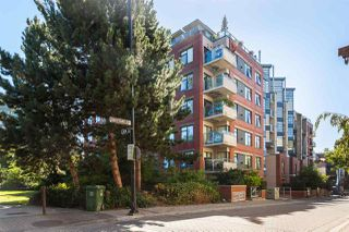 "Main Photo: 610 2228 MARSTRAND Avenue in Vancouver: Kitsilano Condo for sale in ""SOLO"" (Vancouver West)  : MLS®# R2357636"