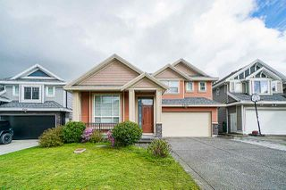 Photo 1: 5958 151 Street in Surrey: Sullivan Station House for sale : MLS®# R2358517