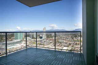 "Photo 11: 4706 13696 100 Avenue in Surrey: Whalley Condo for sale in ""Park Avenue"" (North Surrey)  : MLS®# R2360087"