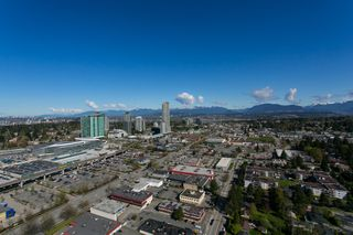"Photo 29: 4706 13696 100 Avenue in Surrey: Whalley Condo for sale in ""Park Avenue"" (North Surrey)  : MLS®# R2360087"