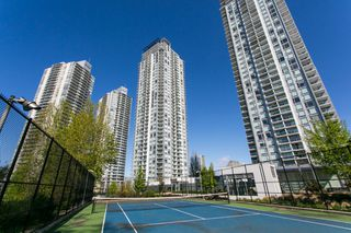 "Photo 45: 4706 13696 100 Avenue in Surrey: Whalley Condo for sale in ""Park Avenue"" (North Surrey)  : MLS®# R2360087"