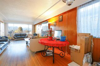 Photo 4: 2864 E 22ND Avenue in Vancouver: Renfrew Heights House for sale (Vancouver East)  : MLS®# R2364835