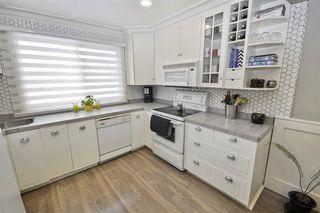 Photo 4: 5505 92C Avenue in Edmonton: Zone 18 House for sale : MLS®# E4158133