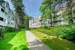 "Photo 2: 2 9584 MANCHESTER Drive in Burnaby: Cariboo Condo for sale in ""BROOKSIDE PARK"" (Burnaby North)  : MLS®# R2376673"