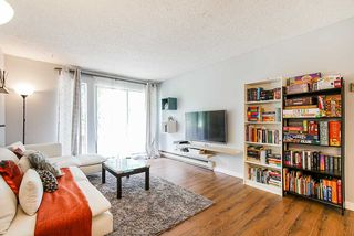 "Photo 4: 2 9584 MANCHESTER Drive in Burnaby: Cariboo Condo for sale in ""BROOKSIDE PARK"" (Burnaby North)  : MLS®# R2376673"
