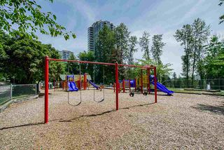 "Photo 17: 2 9584 MANCHESTER Drive in Burnaby: Cariboo Condo for sale in ""BROOKSIDE PARK"" (Burnaby North)  : MLS®# R2376673"