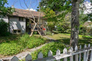 Photo 18: 5769 MERMAID Street in Sechelt: Sechelt District House for sale (Sunshine Coast)  : MLS®# R2378039
