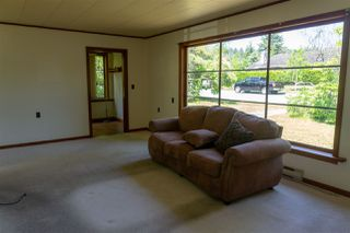 Photo 4: 5769 MERMAID Street in Sechelt: Sechelt District House for sale (Sunshine Coast)  : MLS®# R2378039