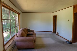 Photo 5: 5769 MERMAID Street in Sechelt: Sechelt District House for sale (Sunshine Coast)  : MLS®# R2378039