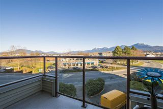 "Photo 17: 415 45520 KNIGHT Road in Sardis: Sardis West Vedder Rd Condo for sale in ""MORNINGSIDE"" : MLS®# R2379253"