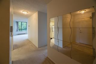 "Photo 6: 302 121 TENTH Street in New Westminster: Uptown NW Condo for sale in ""VISTA ROYALE"" : MLS®# R2387306"
