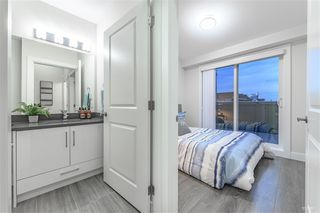 Photo 12: 5067 EARLES Street in Vancouver: Collingwood VE Townhouse for sale (Vancouver East)  : MLS®# R2402851