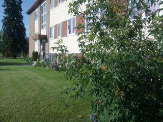 Photo 1: 107 6204 101 Avenue in Edmonton: Zone 19 Condo for sale : MLS®# E4185898
