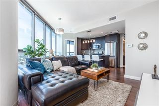 Photo 6: 2001 225 11 Avenue SE in Calgary: Beltline Apartment for sale : MLS®# C4304917