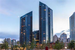 Main Photo: 2001 225 11 Avenue SE in Calgary: Beltline Apartment for sale : MLS®# C4304917