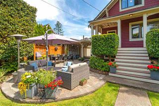 Photo 3: 308 REGINA Street in New Westminster: Queens Park House for sale : MLS®# R2477759