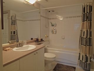 """Photo 6: 304 1999 SUFFOLK Avenue in Port Coquitlam: Glenwood PQ Condo for sale in """"Key West"""" : MLS®# R2480090"""
