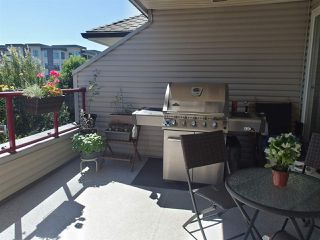 """Photo 11: 304 1999 SUFFOLK Avenue in Port Coquitlam: Glenwood PQ Condo for sale in """"Key West"""" : MLS®# R2480090"""