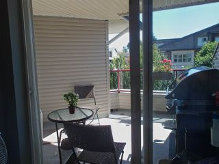 """Photo 10: 304 1999 SUFFOLK Avenue in Port Coquitlam: Glenwood PQ Condo for sale in """"Key West"""" : MLS®# R2480090"""