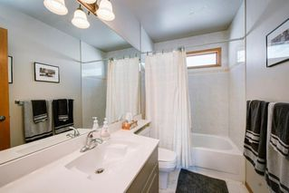 Photo 31: 3614 SIERRA MORENA Road SW in Calgary: Signal Hill Detached for sale : MLS®# A1031157
