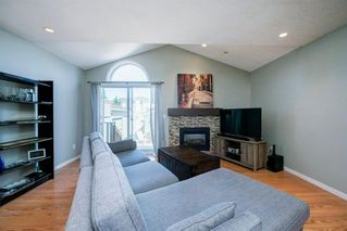 Photo 4: 3614 SIERRA MORENA Road SW in Calgary: Signal Hill Detached for sale : MLS®# A1031157