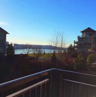 """Photo 2: 11 555 RAVEN WOODS Drive in North Vancouver: Roche Point Townhouse for sale in """"SIGNATURE ESTATES OF RAVENWOODS"""" : MLS®# R2495900"""