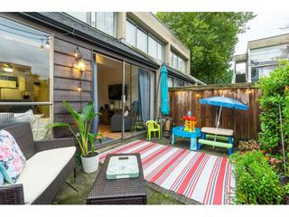 """Photo 29: 60 17710 60 Avenue in Surrey: Cloverdale BC Townhouse for sale in """"CLOVER PARK GARDENS"""" (Cloverdale)  : MLS®# R2501232"""