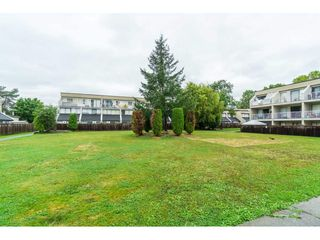 """Photo 31: 60 17710 60 Avenue in Surrey: Cloverdale BC Townhouse for sale in """"CLOVER PARK GARDENS"""" (Cloverdale)  : MLS®# R2501232"""