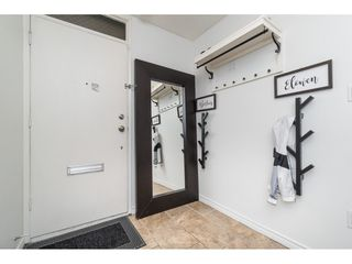 """Photo 6: 60 17710 60 Avenue in Surrey: Cloverdale BC Townhouse for sale in """"CLOVER PARK GARDENS"""" (Cloverdale)  : MLS®# R2501232"""