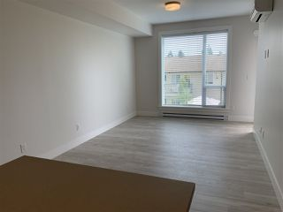 """Photo 3: 206 2555 WARE Street in Abbotsford: Central Abbotsford Condo for sale in """"MILL DISTRICT"""" : MLS®# R2502197"""