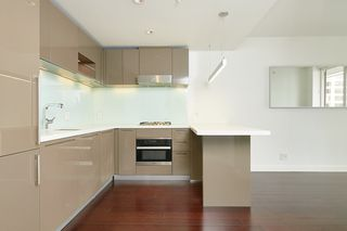 Photo 4: 3503 777 RICHARDS Street in Vancouver: Downtown VW Condo for sale (Vancouver West)  : MLS®# R2504776