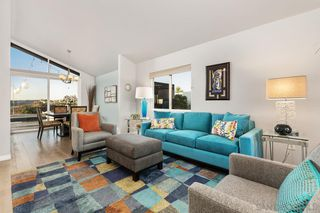 Photo 11: DEL CERRO House for sale : 4 bedrooms : 6218 Oakridge Road in San Diego