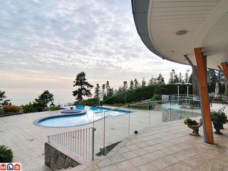 """Photo 9: 13778 MARINE Drive: White Rock House for sale in """"White Rock"""" (South Surrey White Rock)  : MLS®# F1105585"""