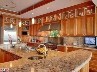 """Photo 2: 13778 MARINE Drive: White Rock House for sale in """"White Rock"""" (South Surrey White Rock)  : MLS®# F1105585"""