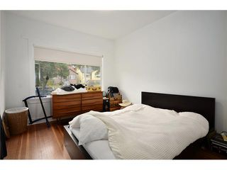 "Photo 6: 2004 E 8TH Avenue in Vancouver: Grandview VE House for sale in ""COMMERCIAL DRIVE"" (Vancouver East)  : MLS®# V910126"
