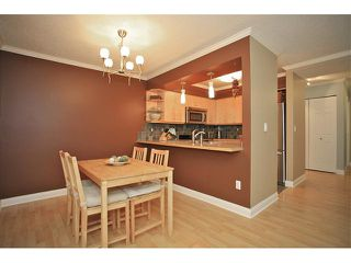 "Photo 4: 109 932 ROBINSON Street in Coquitlam: Coquitlam West Condo for sale in ""The Shaughnesy"" : MLS®# V924268"
