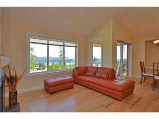 Photo 3: # 17 728 GIBSONS WY in Gibsons: Gibsons & Area Condo for sale (Sunshine Coast)  : MLS®# V909544