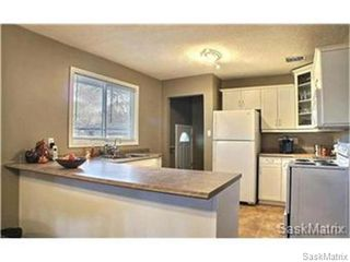 Photo 9: 3225 28TH Avenue in Regina: Parliament Place Single Family Dwelling for sale (Regina Area 05)  : MLS®# 486910